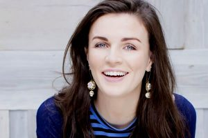 sm-aisbea Bespoke Comedy Entertainment